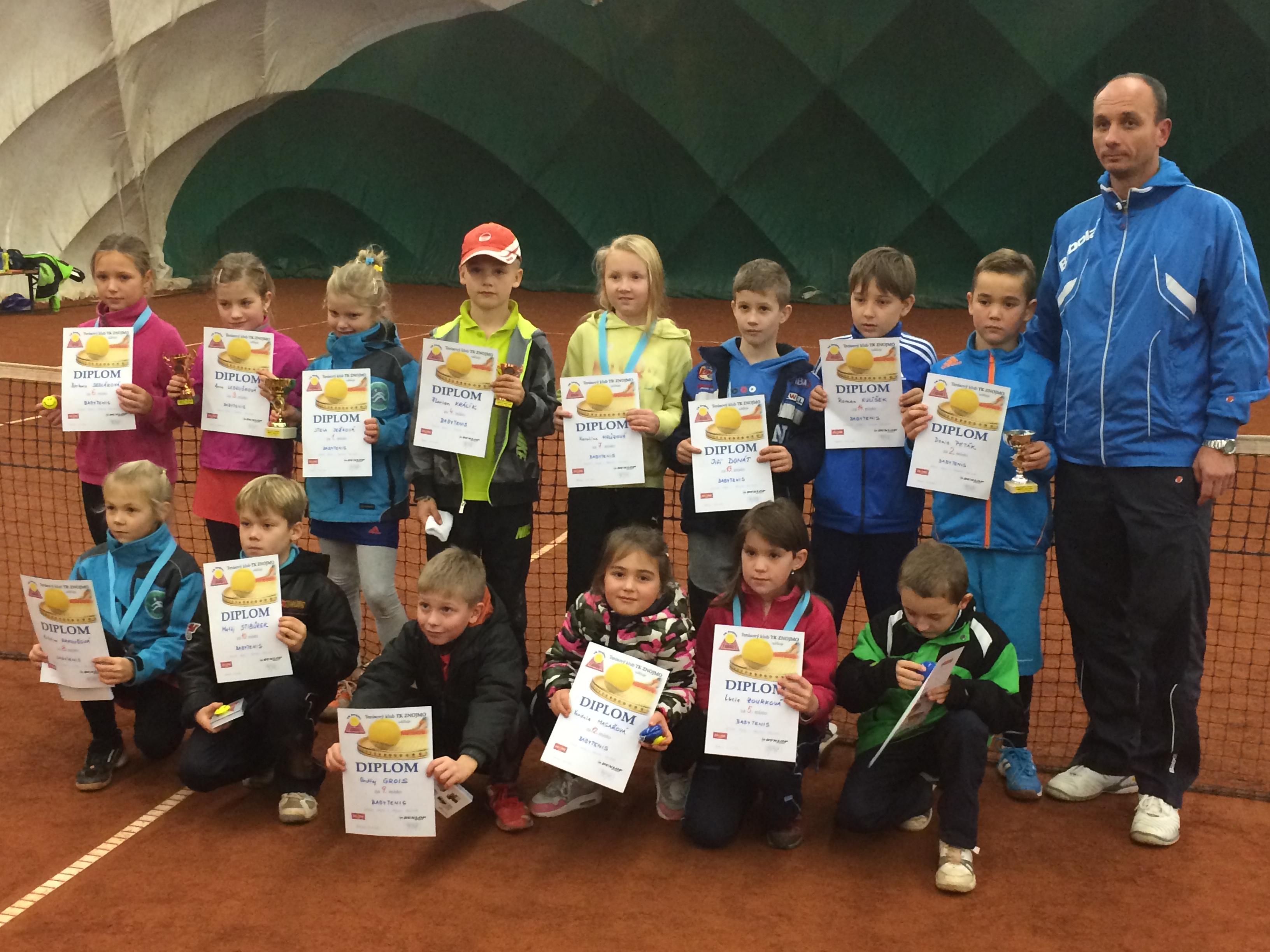 Účastníci 1.turnaje babytenis DUNLOP SERIE ZNOJMO zima 2014/2015