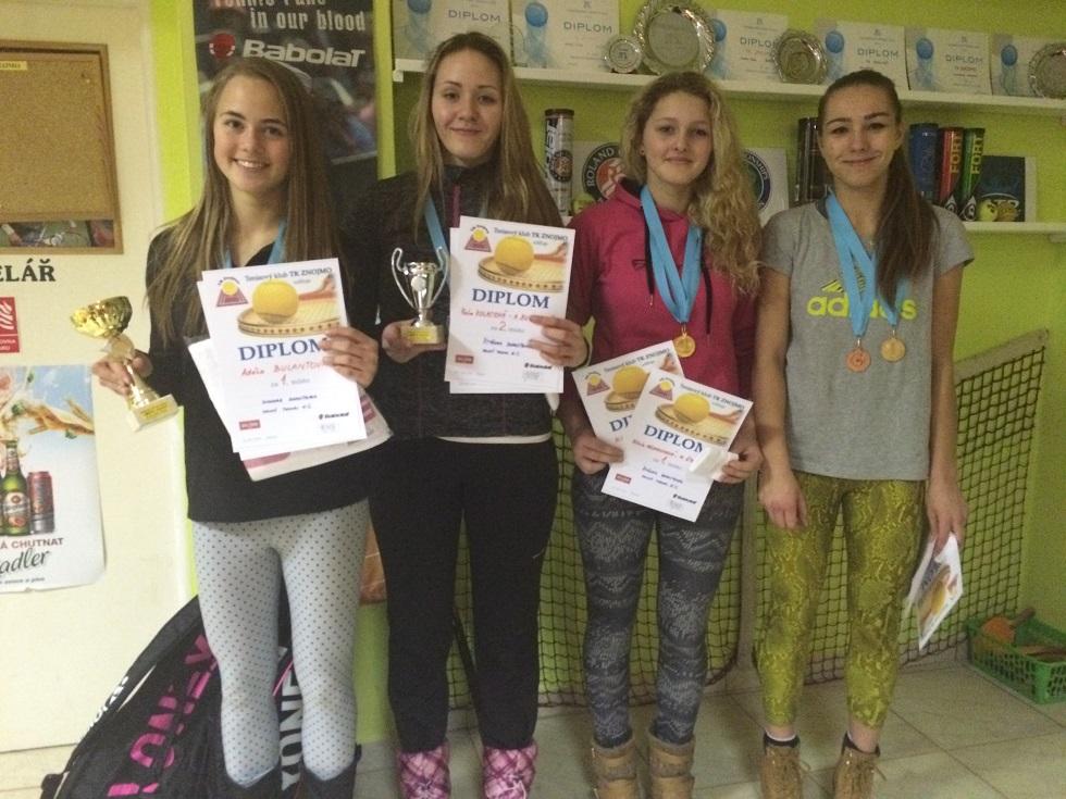 Halový turnaj dorostenek ve Znojmě 24.-26.1.2015