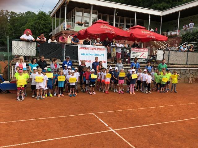 Krajské finále družstev v minitenise ve Znojmě 16.6.2018