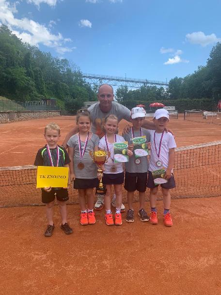 Minitenisté bronzoví na Krajském finále ve Znojmě