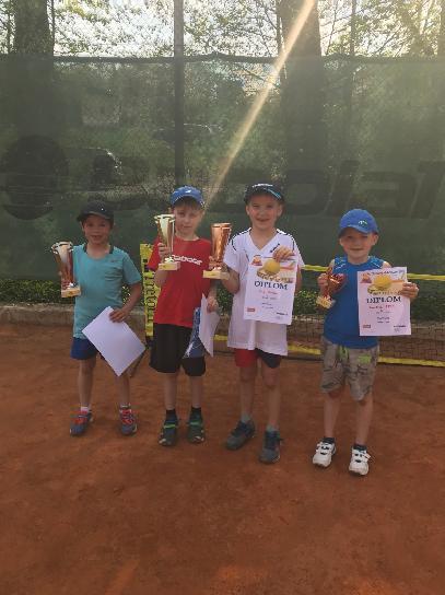 Semifinalisté turnaje v minitenise 22.4.2018