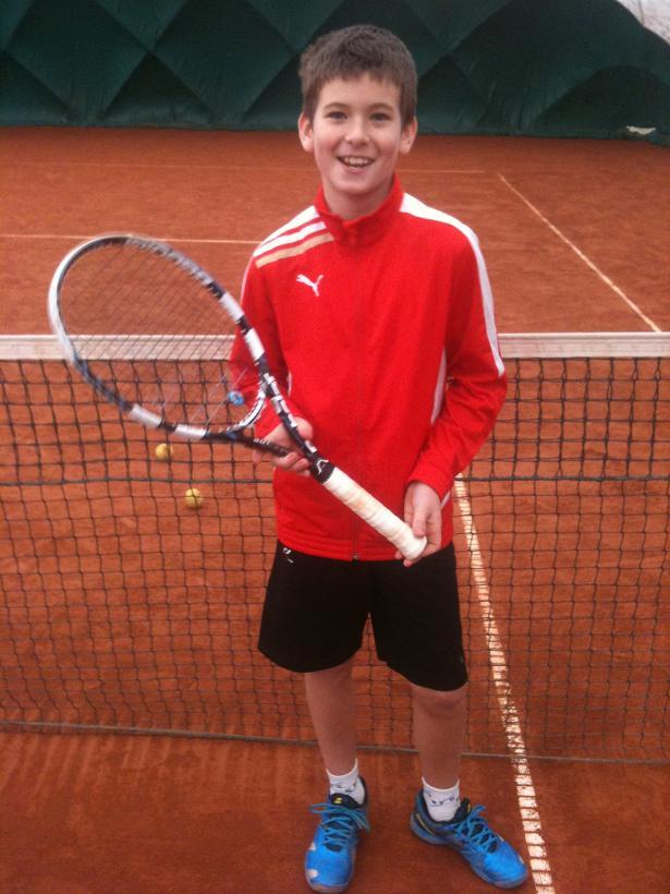 Daniel Gerža vybojoval na halovém turnaji ml.žactva 1.místo ve čtyřhře