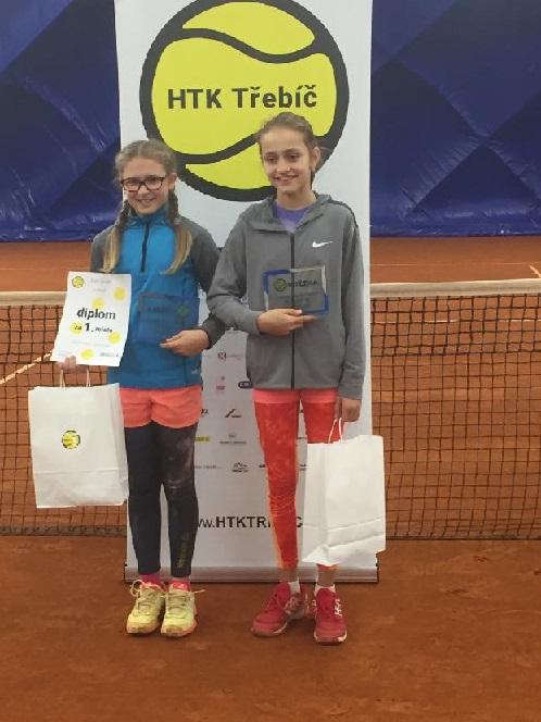 Nikča Borovičková zvítězila v Třebíči ve čtyřhře